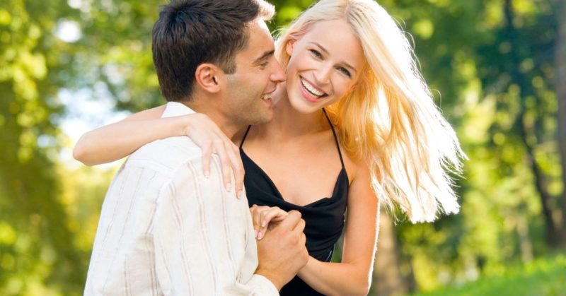 Happy-young-couple-800x419