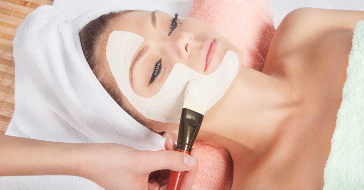 Woman-getting-facial-rejuvenation